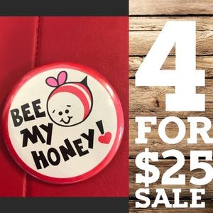 Vintage Jewelry - Valentine Bee 🐝 My Honey 🍯 Pin